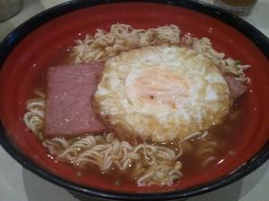 東方餐蛋麵